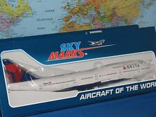 SkyMarks Delta Airlines Boeing 747-400 1/200 With Gear N665us | SKR508
