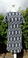 Modest Vintage Style Geometric Patterned Blue Stretch Tunic Dress Size 8 / 10