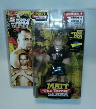 ☆ BLK SHIRT Round 5 World of MMA Collectibles UFC Matt The Terror Serra Series 4