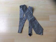 Genuine Salvatore Ferragamo Silver/Grey Leaf Pattern Silk Neck Tie