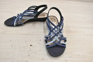 Naturalizer Remix Sandals, Women's Size 8.5 W, Denim/Multicolor NEW
