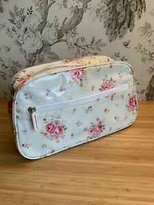 Cath Kidston Toiletries -make Up Bag Large