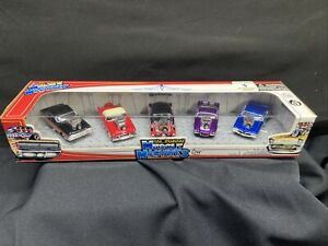 The Original Muscle Machines Action 1/64 scale 5 pack Die-Cast Collectible Cars