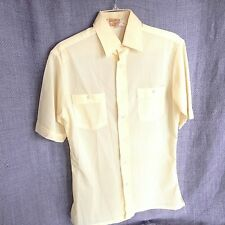 Kingsport Men's Small Two Pocket Yellow Polyester Shirt