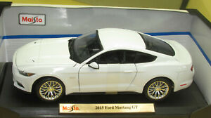 2015 FORD MUSTANG GT COUPE ARTIC WHITE 1:18 NEW IN BOX !!!!
