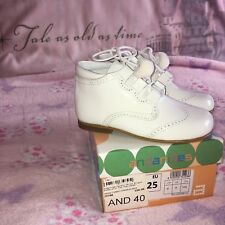 NEW ANDANINES GIRL WHITE PATENT POM POM LACE TRADITIONAL SPANISH SHOE BOOTS 25 8