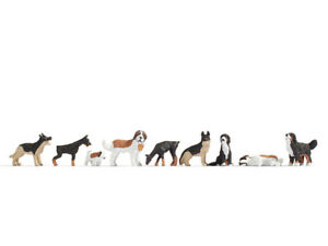 N Scale Animals - 36717 - Dogs