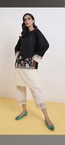 Sana Safinaz Extra Small Embroidered Kurta/