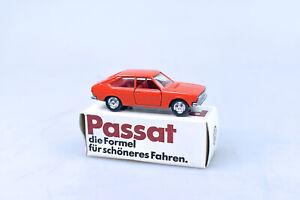 VW PASSAT - 1:66 - VON SCHUCO  - MIT OVP, VON 1974, NR. 867, ORANGEROT*********