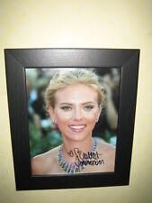 Scarlett Johansson Hermosa Foto Firmada (8x10) enmarcado con TCE