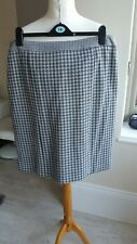 Ladies Size 16 Petite Grey Check Skirt from Viyella