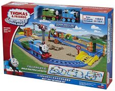 Thomas and Friends BUSY DAY ON SODOR SET (Fisher-Price) 3+