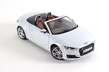 Original Audi TT Roadster Gletscherweiss Miniatur 1:18 5011400515
