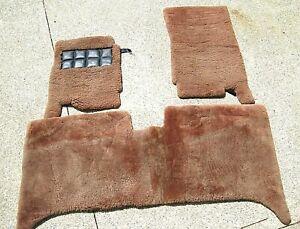 Set Rolls-Royce Bentley Motorcars Genuine Sheepskin rug floor mats Paul Blanche