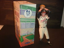 1988 Milwaukee Braves Warren Spahn Hartland Statue MIB