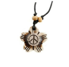 COLLIER PENDENTIF PEACE AND LOVE EN CORNE DE YAK  A75B TIBET NEPAL 9568