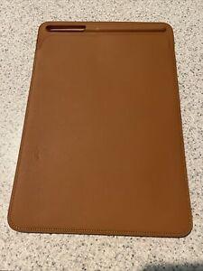 Apple iPad Leather Sleeve Tablet Case - Saddle Brown (READ)