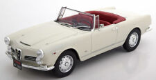 Cult 1961 Alfa Romeo 2600 Spider Creme 1:18*New Item!