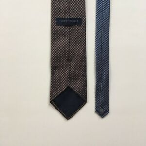 Tommy Hilfiger tie brown blue pattern 100% silk made in usa necktie tie pa0425