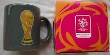 Tasse / Kaffeebecher   WM DEUTSCHLAND 2006 - WM Pokal - Grau / im Orig.Karton  !