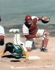 GREAT ACTION , JOHNNY BENCH WAITS TO PUT TAG ON OAKLAND A'S PLAYER 8x10 REDS