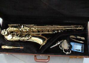 Saxofon mit Koffer von NOVA; gebraucht
