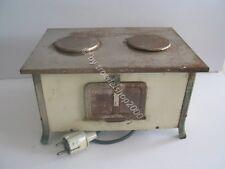 239) Alter Puppen Kinder Elektroherd OFEN Spielzeug Wagner W & K 220 Volt Metall