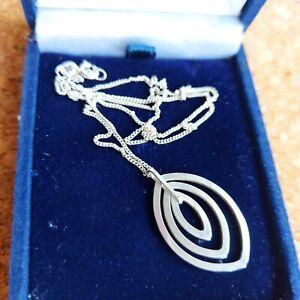Sterling silver Triple Elliptical Pendant Necklace, Fine Curb Chain 925.