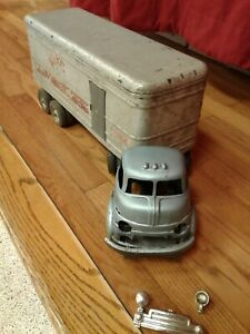 Vintage Wyandotte  King Cab and Trailer in good condition