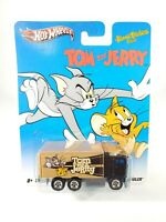 Hot Wheels Tom and Jerry HiWay Hauler Diecast Truck NEW NOC Real Riders