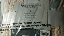 """UGG KOOLABURRA """"Mila"""" oversized Chenille throw 50 by 70 inch natural color--NEW"""