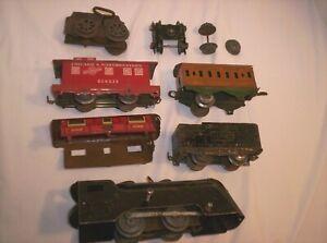 Lot of ? Louis Marx ? Hafner ? wind-up train parts - junk