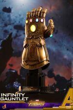 Hot toys ACS003 Avengers Infinity War 1/4 Thanos Glove Infinity Gauntlet W LED L
