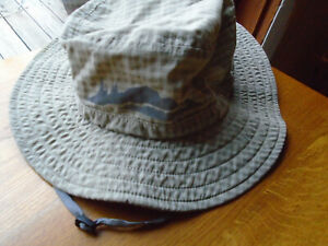 Outdoor Research Tan Pale Green Polyester Bucket Hat Size Large~Preloved