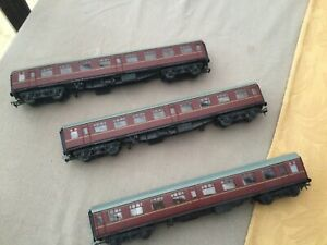 Train 3 BR MK1 Maroon Coaches 00 Gauge New But No Boxes