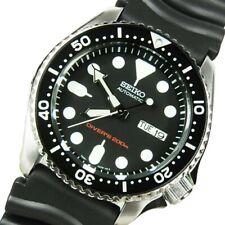Seiko Black SKX 200M Diver's Men's Rubber Strap Watch