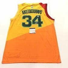 Giannis Antetokounmpo signed jersey PSA/DNA Milwaukee Bucks Autographed