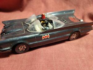 Old VINTAGE Rare BATMOBILE Plastic Model Kit Aurora 1966 Batman & Robin