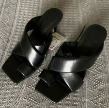 Zara Padded Heeled Leather Sandals