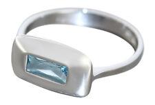Weißgoldring 585 mit Blautopaz Baguette Gold 585 Goldring moderner Ring Weißgold