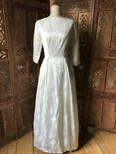 Robe de mariée en damassé blanc ivoire - années 40-50