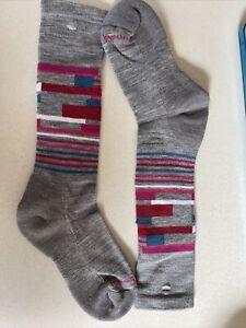"New Smartwool ""Kid's Wintersport Stripe"" Kids Winter Sledding Ski Socks Grey"