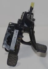Original Mercedes Benz W245 PEDAL DE EMBRAGUE FRENO a1692906501