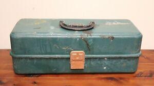 Vintage UMCO 173U Green Fishing Tackle Box ~ Empty ~ See Photos