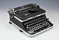 Vintage Royal De Luxe Portable Typewriter with Case A551996 1936