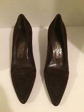 SALVATORE FERRAGAMO Florence Kitten Heel Pumps Classics Shoes Sz 6 B Dark Brown