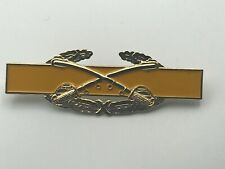U.S. Military Combat Cavalry Hat Pin Badge Crossed Swords Yellow C1