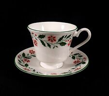ROYAL VALE BONE CHINA CUP & SAUCER SET-ENGLAND-RED GREEN HOLLY POINSETTIAS