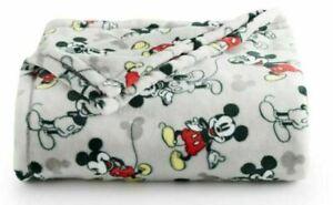 "New Disney The Big One Disney Minnie Mouse Mickey Mouse Throw Blanket 60""x72"""