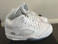 Air Jordan Retro 5's White & Silver Mens US 10.5 Jordan 23